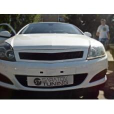 Решетка радиатора Opel Astra H GTC
