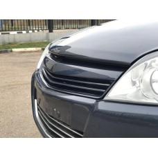 Решетка радиатора Opel Astra H v1