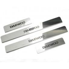 Накладки на пороги Daewoo-Matiz краска