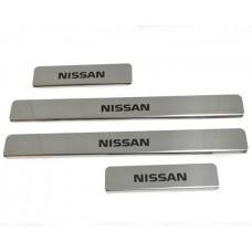 Накладки на пороги Nissan-Almera-N17 краска